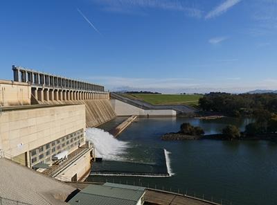 Hume Dam And Lake Hume Albury Wodonga Australia